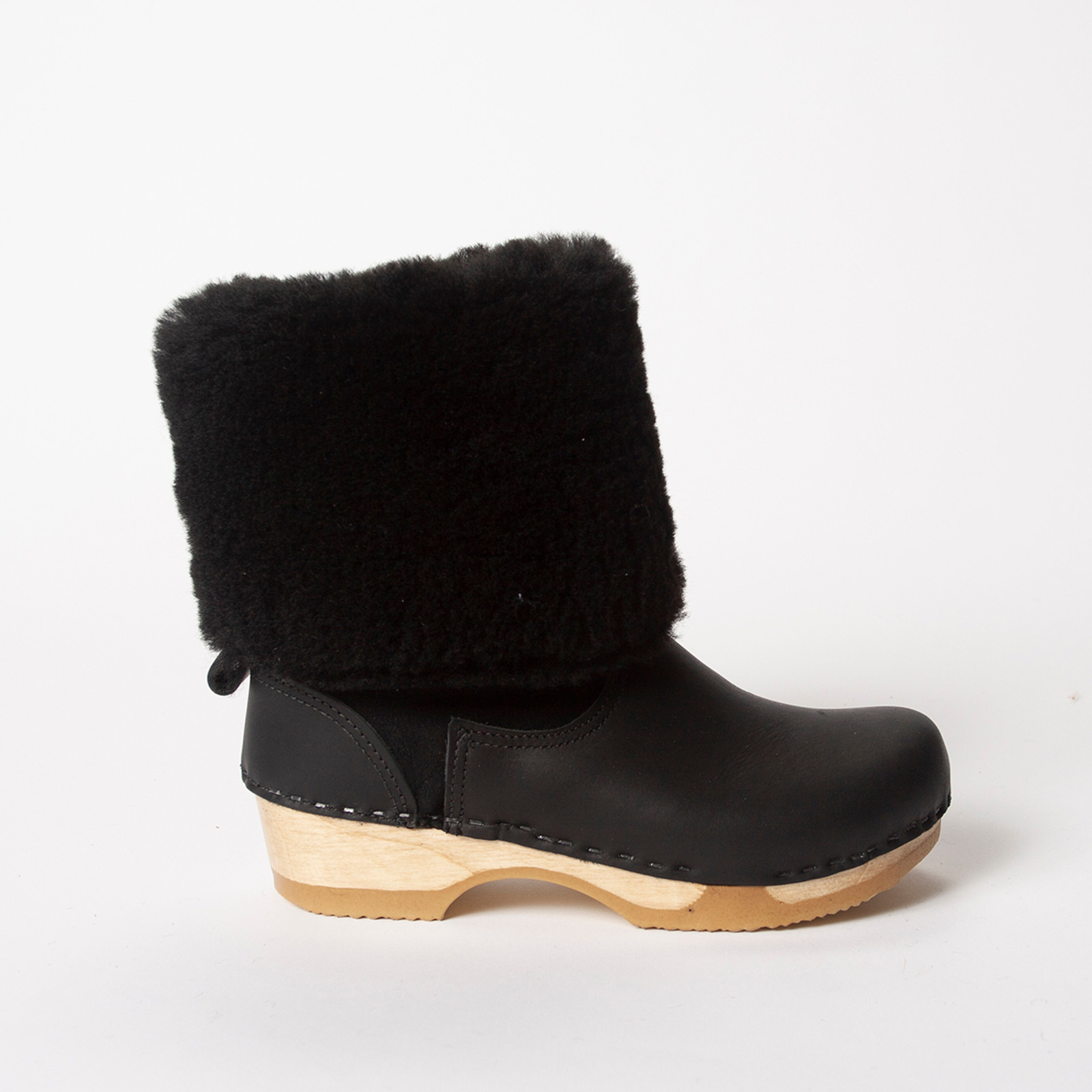 Black Shearling with Black Nu Buc on Brown Base