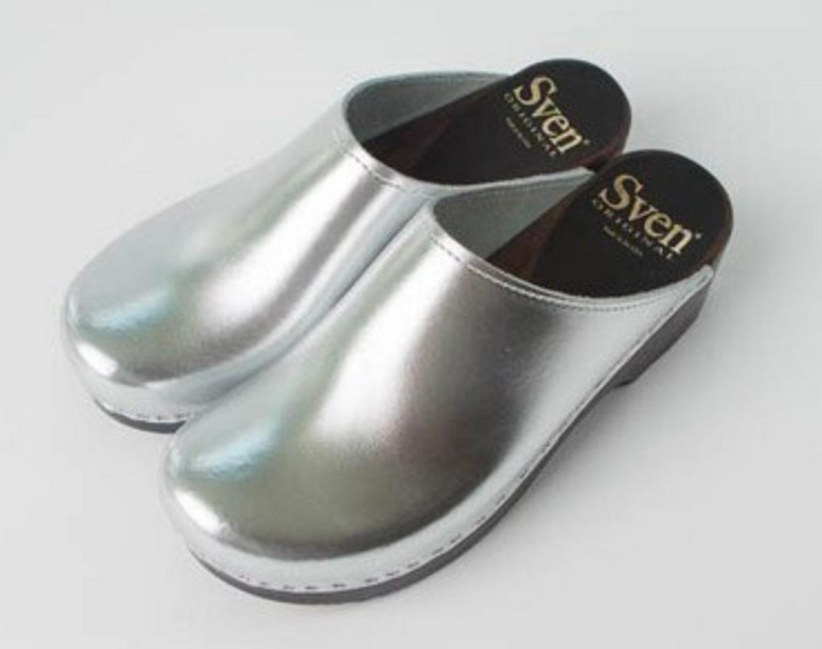 Silver Metallic with Cocoa Base