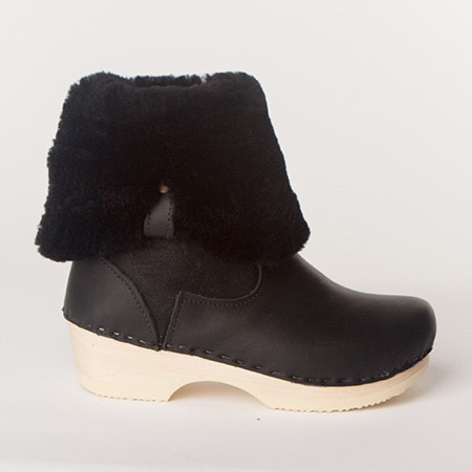 "Lisa Boots - 11"" Shearling - Low Heels"