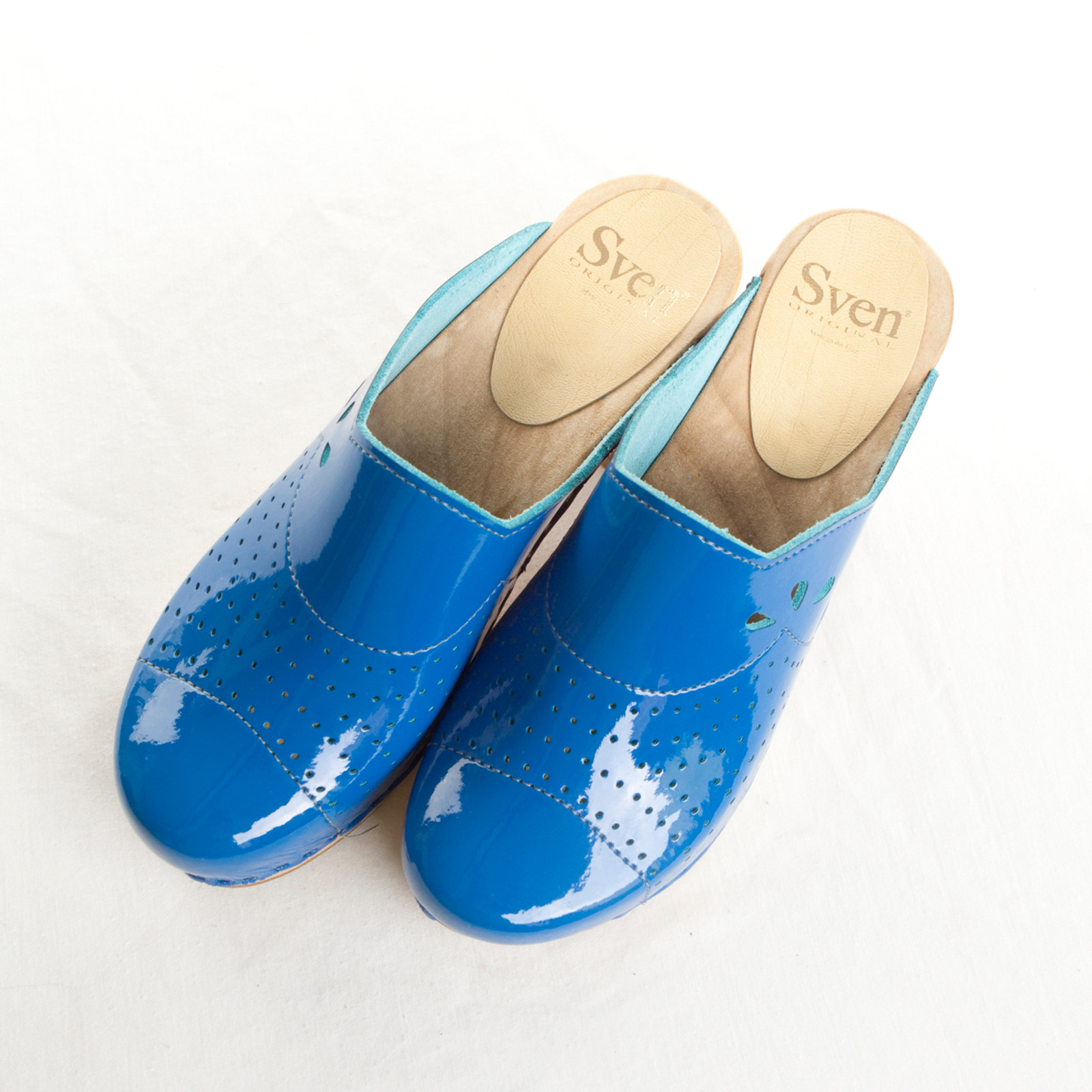 Royal Blue Patent with Brown Base