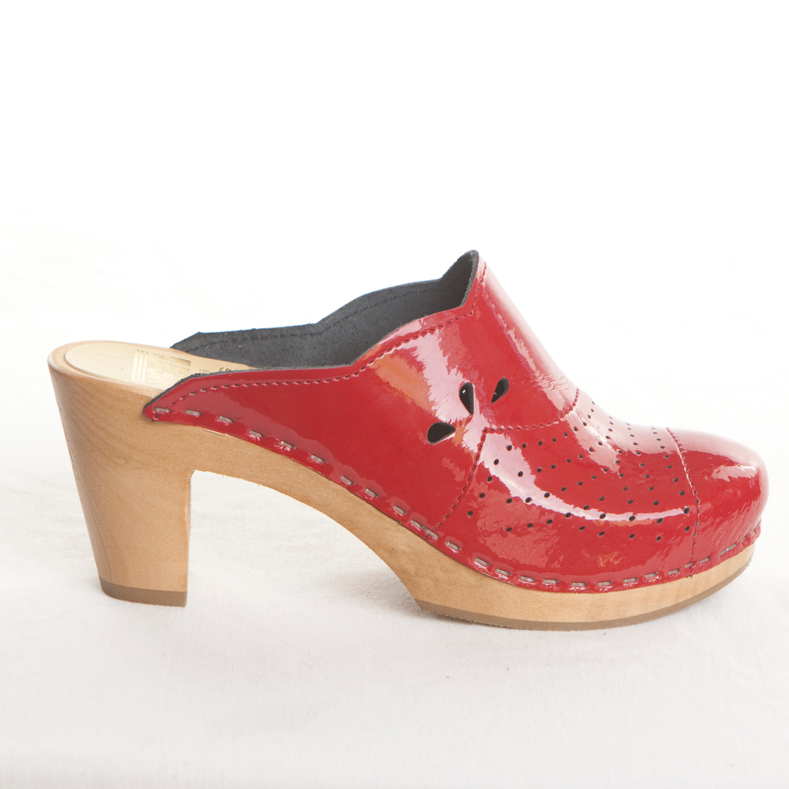 Cherry Patent with Brown Base