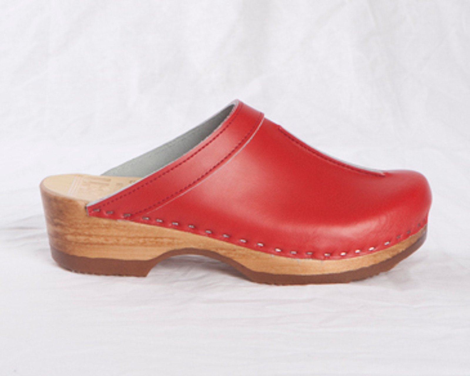 Front Seam Clogs  - BENDABLE