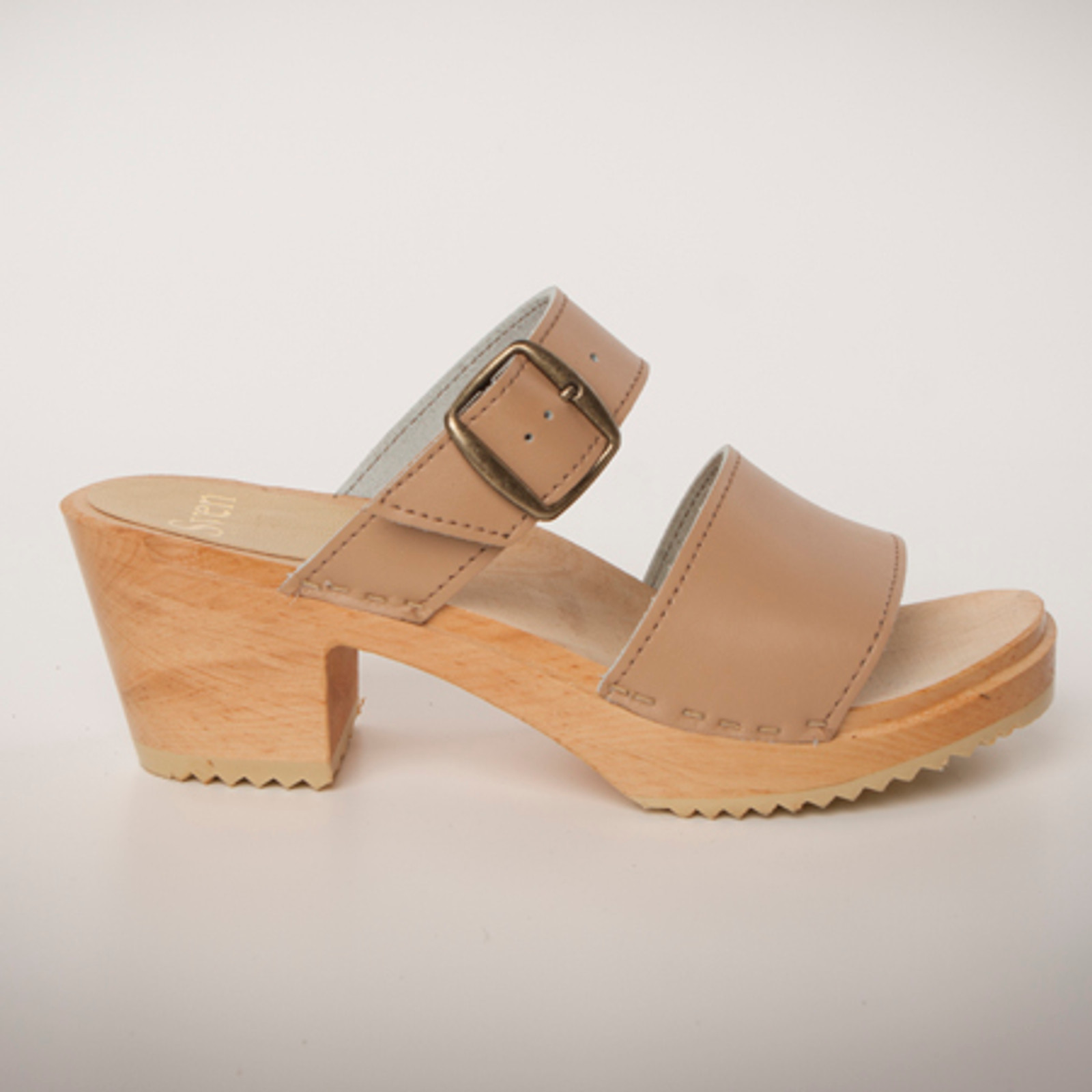 Camel Smooth Leather with Natural Base