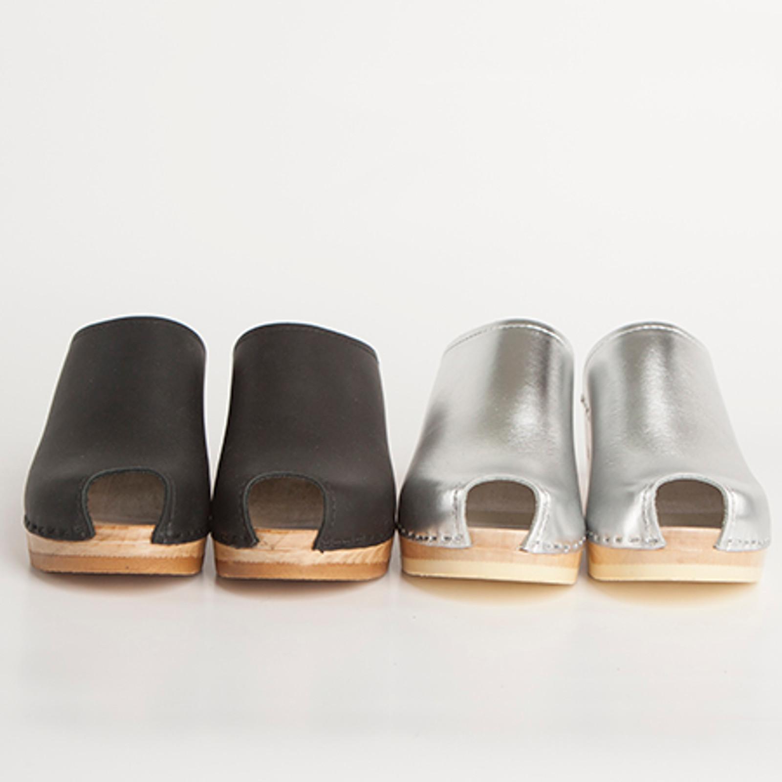 Peep Toe - Plain Clogs - Mid Heels