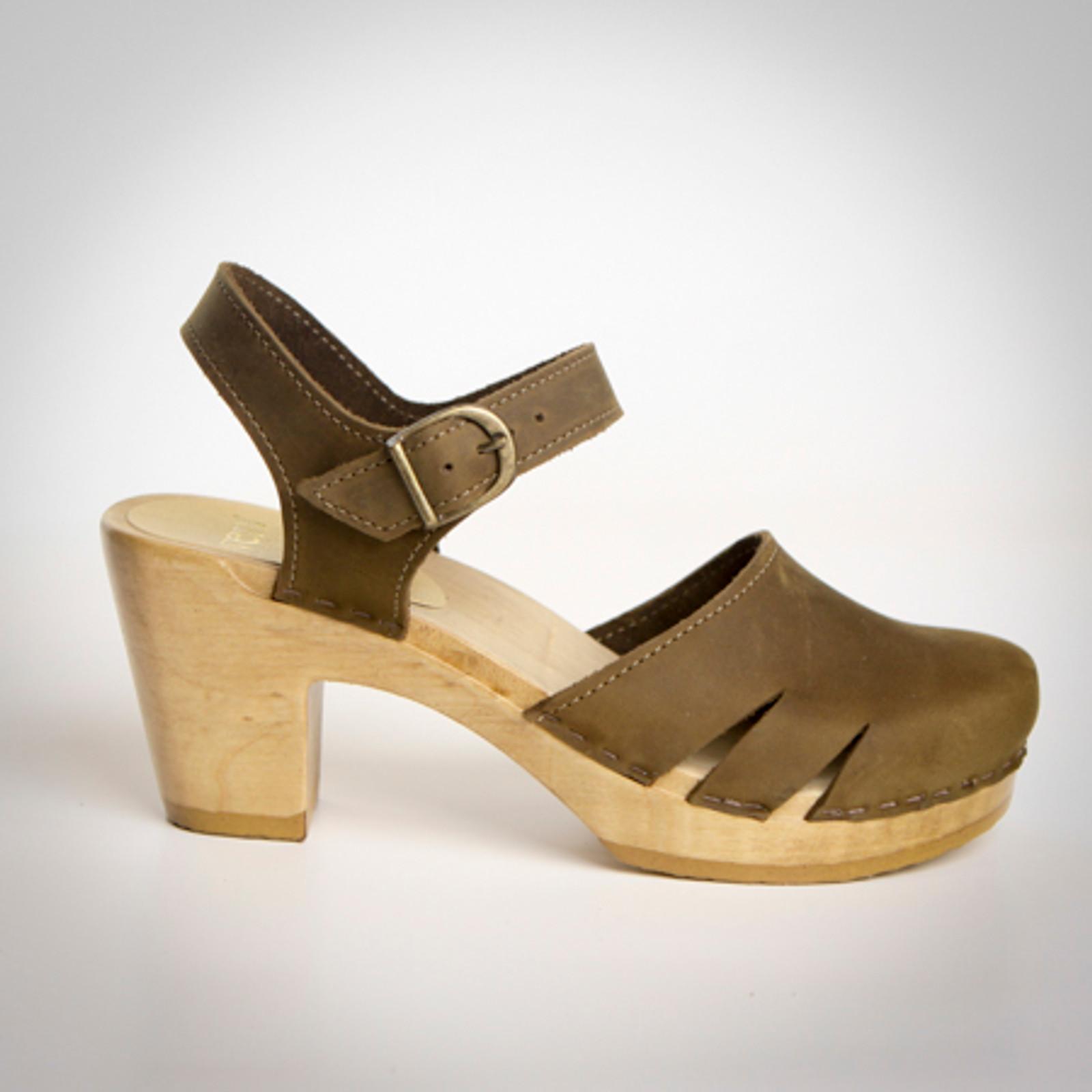 Side Slit Sandals - High Heel Clogs