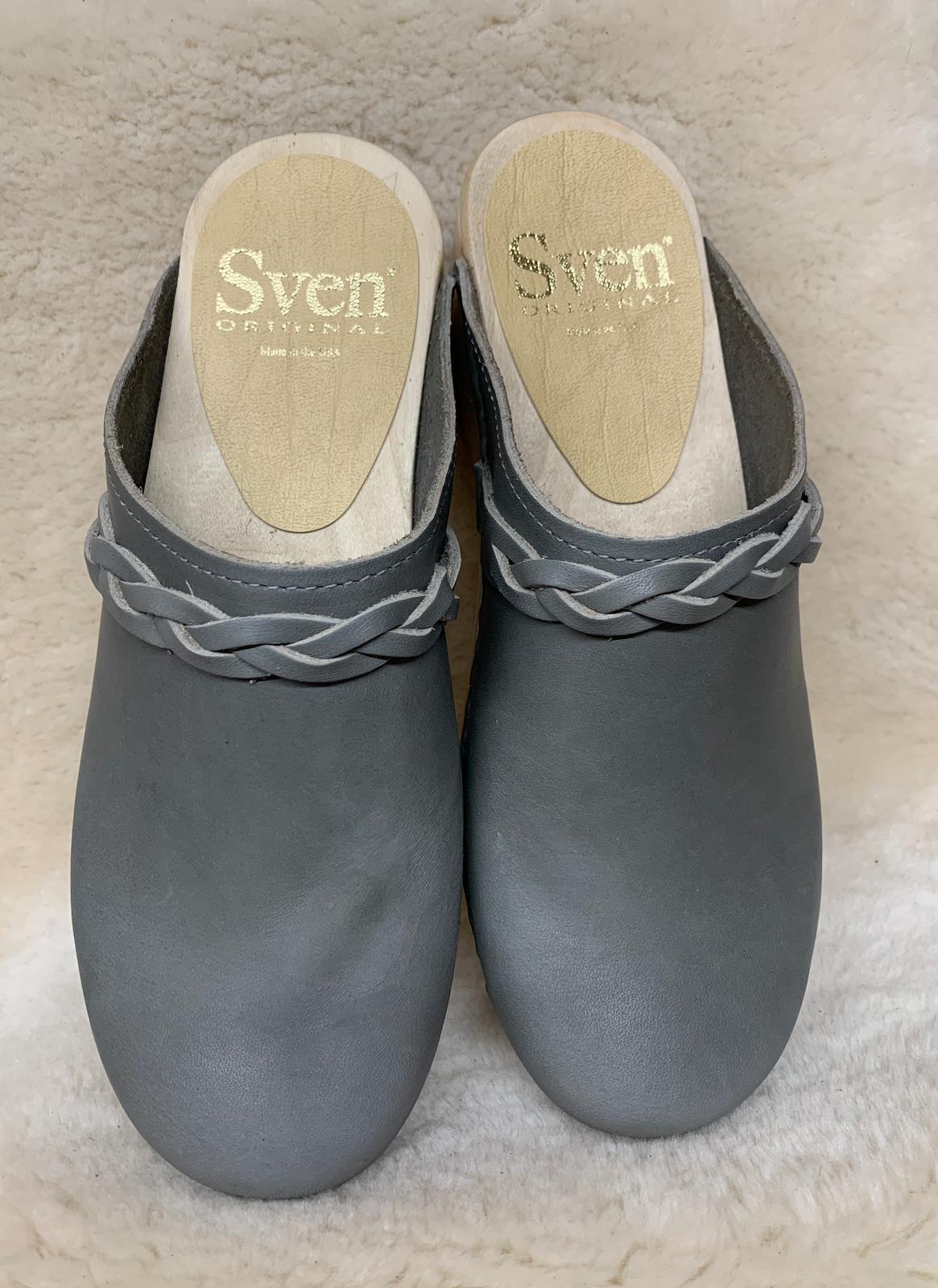 Slate Gray  -  Small Braid Clogs