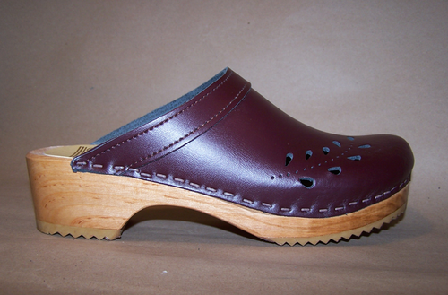 Cordovan Smooth Leather with Natural Base