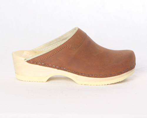 Padded Collar Clogs - Low Heel