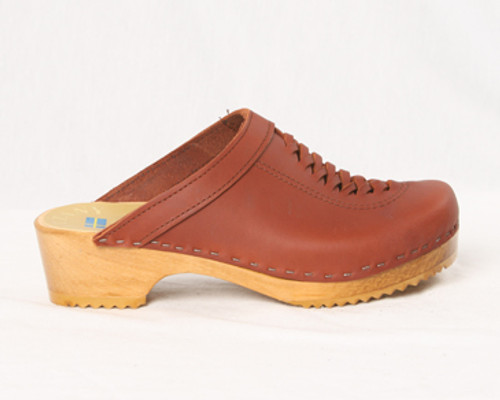 Front Weave Clogs - Swedish
