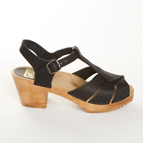 Diamond Strap Clogs  - Mid Heel