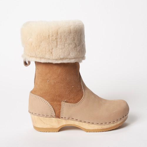 "11"" Cream Shearling  - Low Heels"