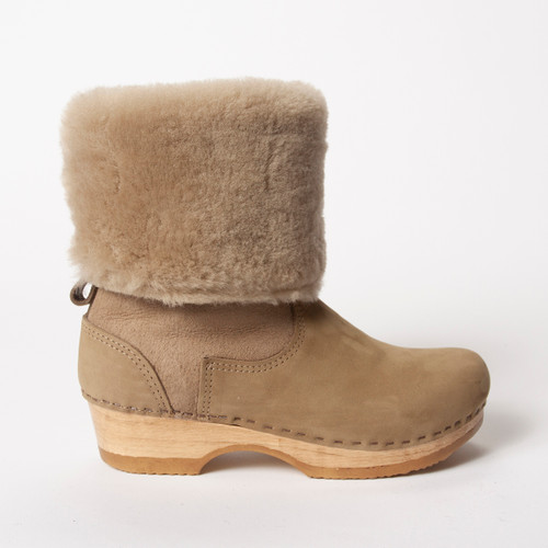 Taupe Shearling with Brown Base