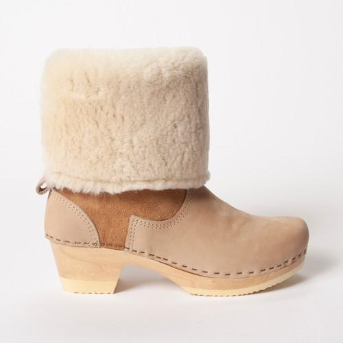"""11"""" Cream / Mocha Nu Buc - Mid Heels"""