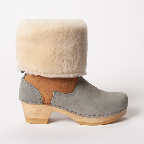 "11"" Cream Shearling with Sky - Mid Heels"
