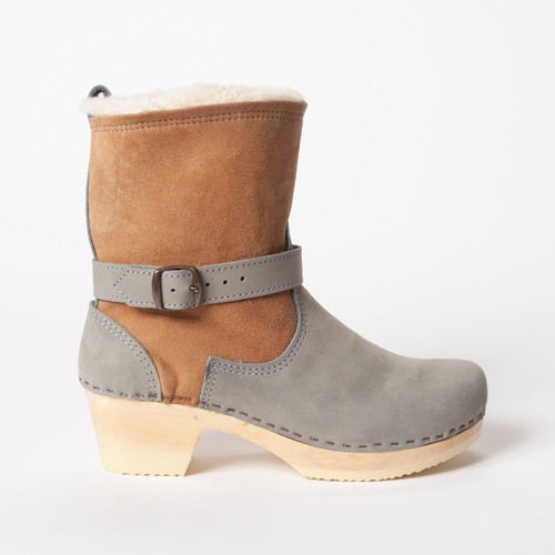 "7"" Cream Shearling with Sky - Mid Heels"