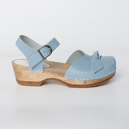 Light Blue Smooth Leather with Brown Base