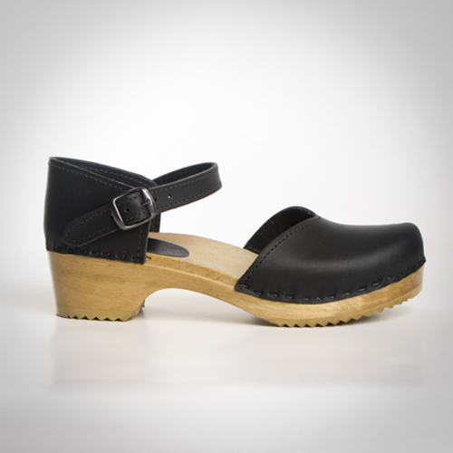 Closed Heel Clogs - Mary Jane - Swedish