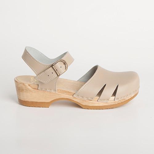 Side Slit Sandal Clogs