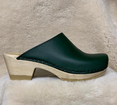 Hunter Green - Plain Clogs - Mid Heel