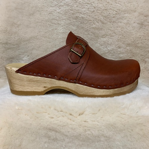 Whiskey - Adjustable Strap Clogs