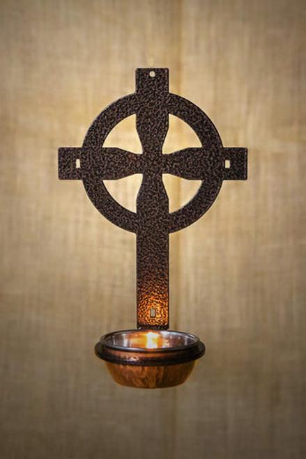 Celtic Water Font (Copper Vein)