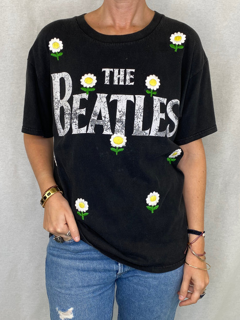 Daisies Vintage T-Shirt - Black 2