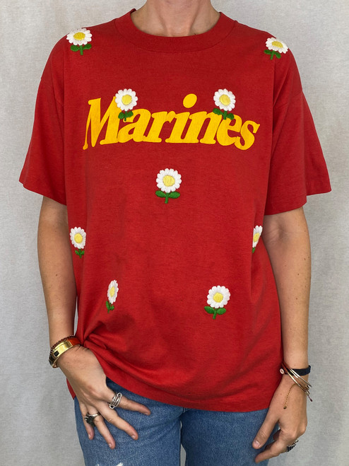 Daisies Vintage T-Shirt - Red