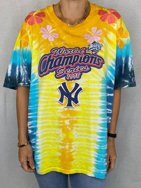 Hibiscus Vintage T-Shirt - Tie Dye 2
