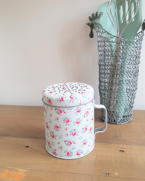 La Petite Rose Flour Shaker