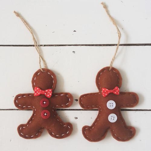 Pair of Hanging Gingerbread Men