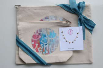 Smile Canvas Bag Set with Dangle Heart  Necklace