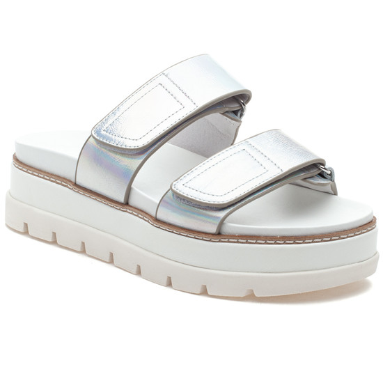 BETSEY Silver Metallic Leather