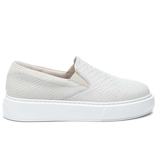 DELIA Off White Embossed