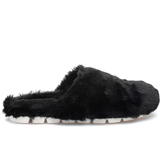 SCARLETT Black Faux Fur