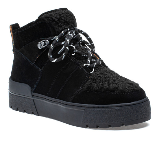 NELL Black Suede