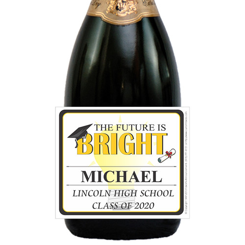 [LG40] Future Looks Bright Graduation Label - closeup