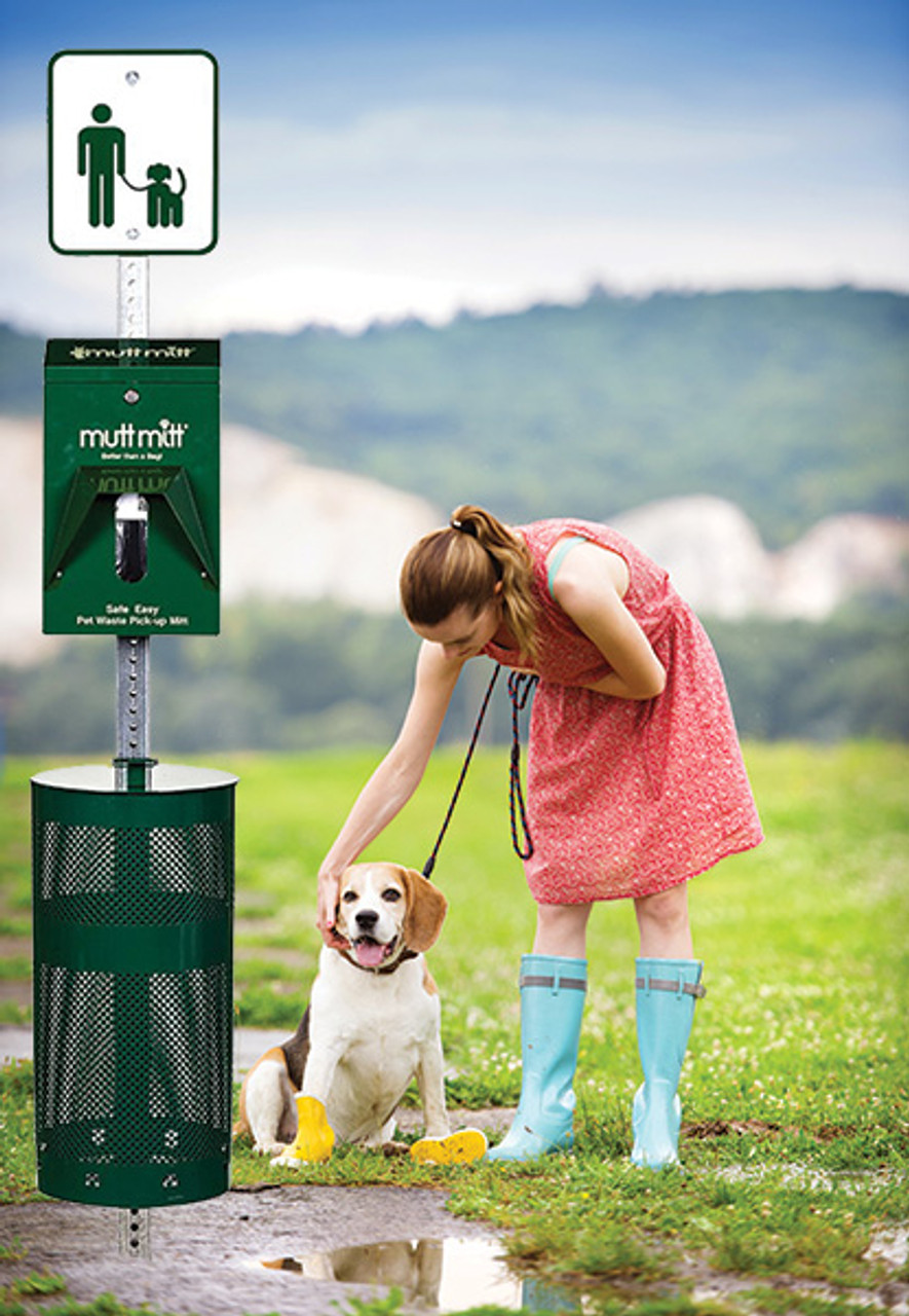 Dog Waste Station (with Mutt Mitt® 2-Ply) Green