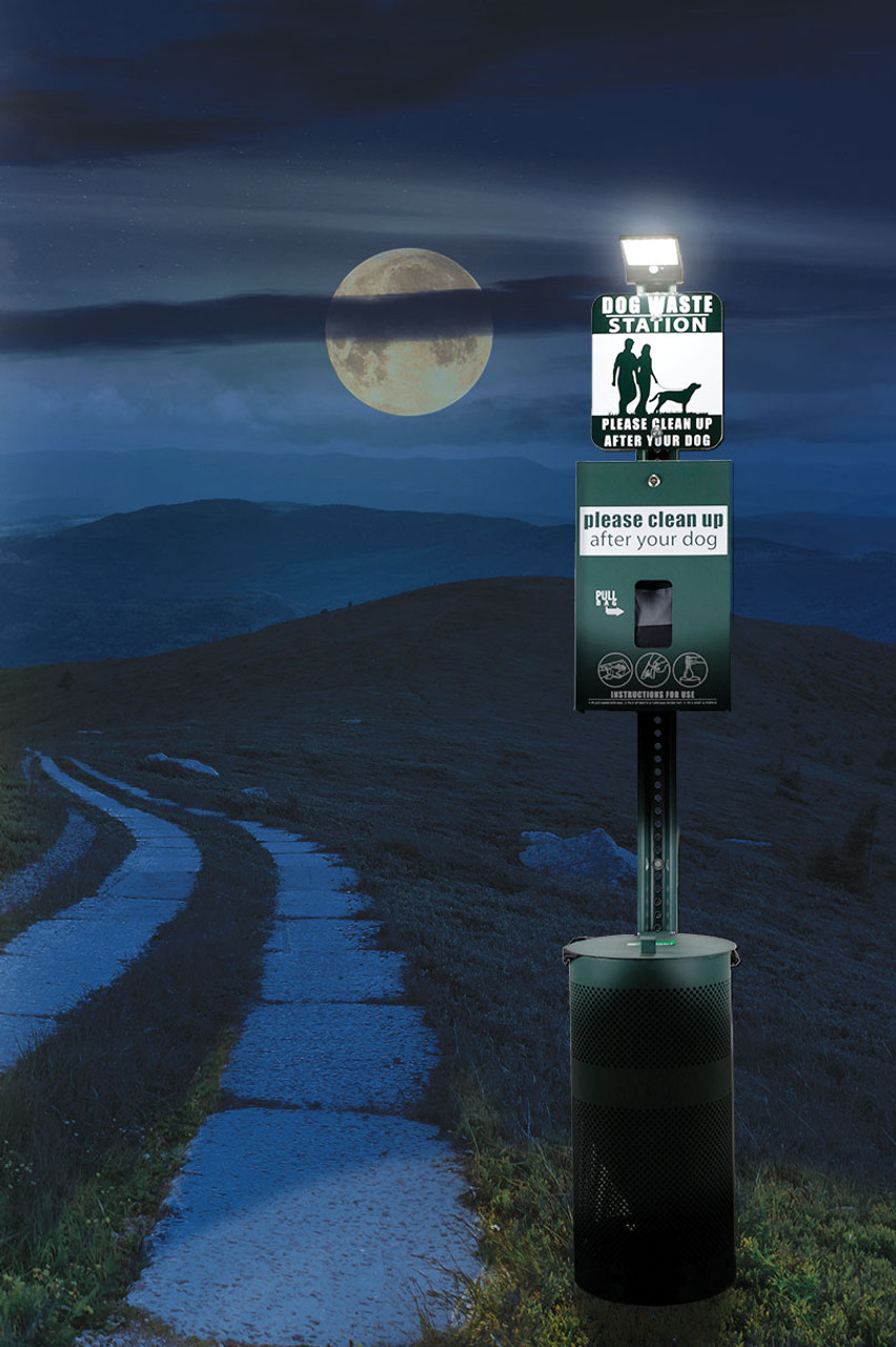 DOG WASTE STATION with ONEpul Bag System & Solar Light (Green)