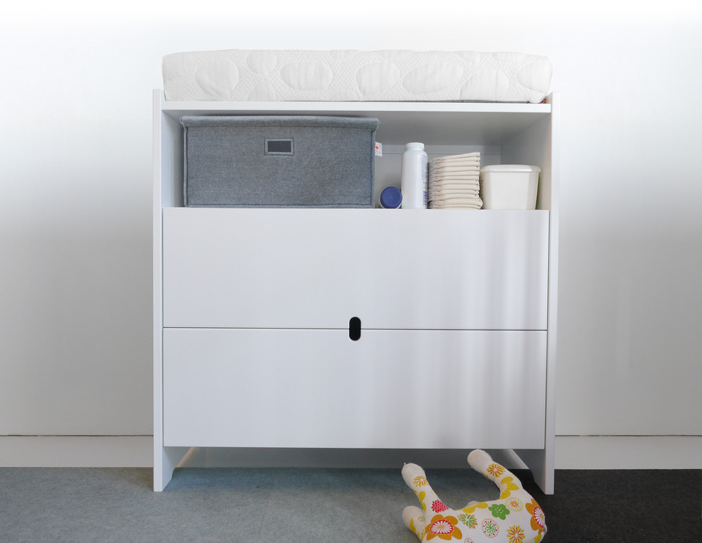 Oliv Dresser with Felt Bin and Nook Changing Pad