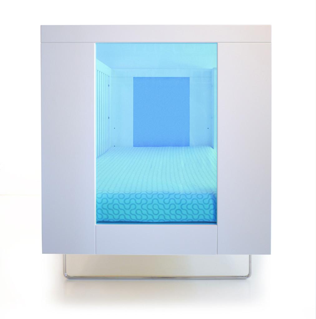 Alto Crib shown with Ocean Blue End Panels