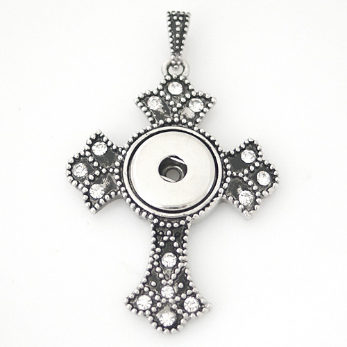 Botonee Cross Pendant