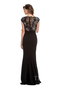 Terani Couture 151E0444