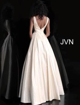 JVN by Jovani JVN67880