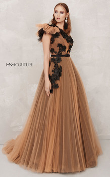 MNM Couture  N0282