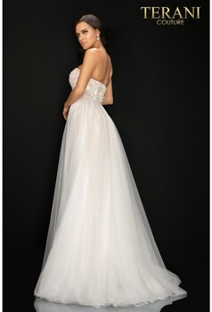 Terani Couture 2011P1055