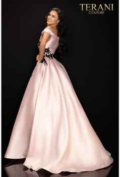 Terani Couture 2011P1229