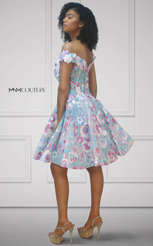 MNM Couture K3674