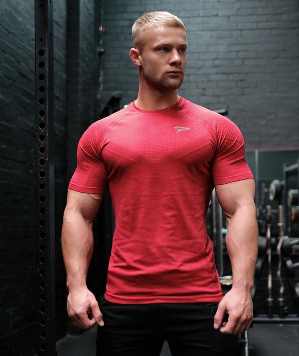 Avid Seamless TShirt - Red
