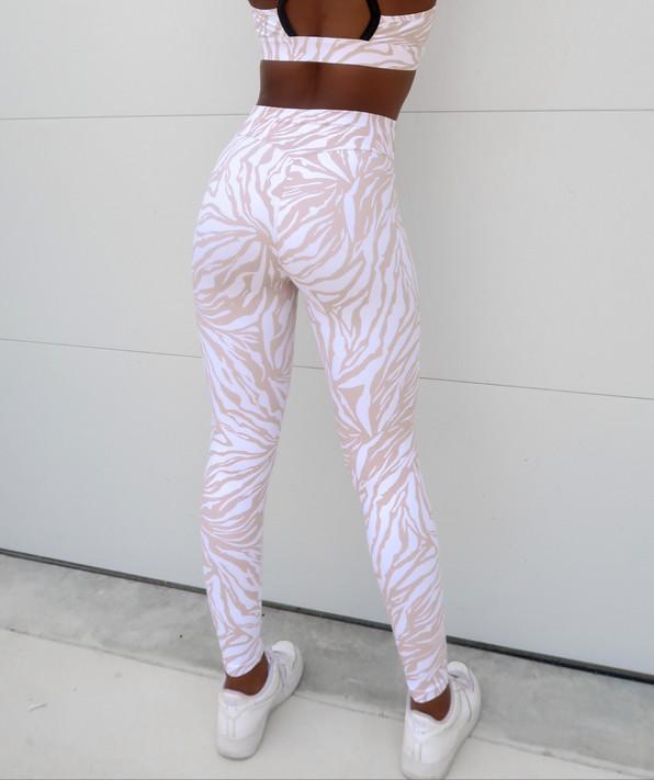 Allure Leggings - White Zebra
