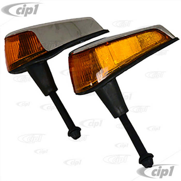 VWC-113-953-041-NPR - PAIR OF COMPLETE FRONT TURN SIGNAL ASSEMBLIES W/AMBER LENS (WITH CHROME PLASTIC COVERS) - LEFT/RIGHT - SEAL INCLUDED - BEETLE 70-79 - SOLD LEFT/RIGHT PAIR